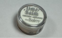 Corretivo The Balm: Lighter than Light
