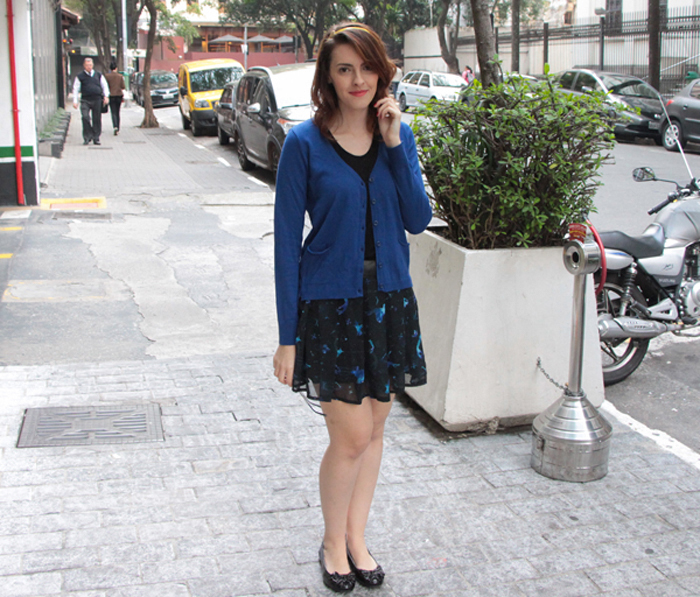 look saia e cardigã azul Emme (1)