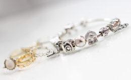 Pandora ou Vivara Life? Saiba tudo sobre a minha pulseira!