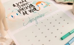 Calendário 2015 para imprimir em casa