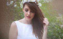 Tão princesa que tem até coroa de flores!