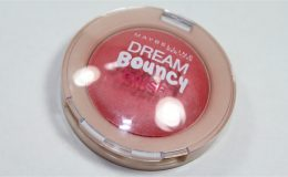 Dream Bouncy Blush Maybelline