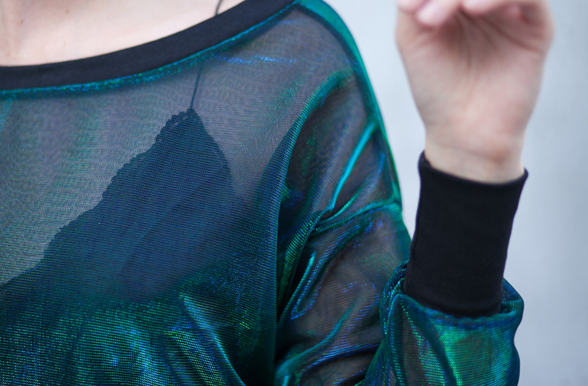 como-usar-blusa-sereia-holografica-look (14)