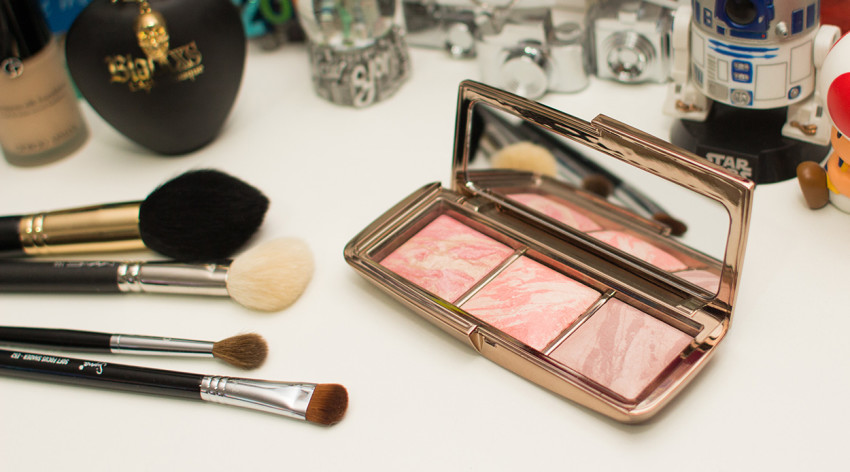 hourglass-ambient-lighting-blush-palette (4)