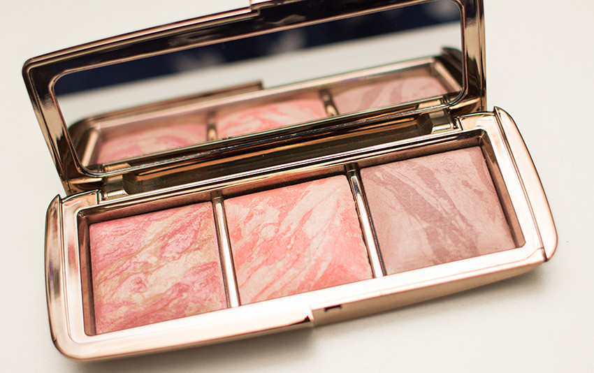hourglass-ambient-lighting-blush-palette (9)
