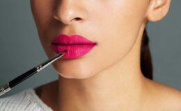 Aprenda a aumentar os lábios com maquiagem