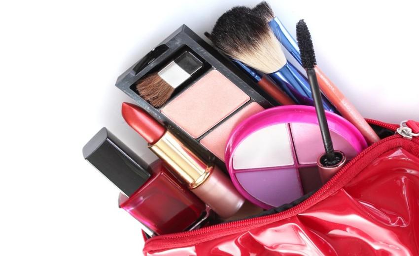 itens-maquiagem-necessaire