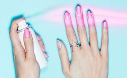 Esmalte em spray deixa as unhas lindas em 20 segundos