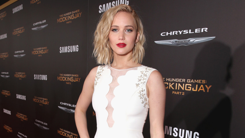 """LOS ANGELES, CA - NOVEMBER 16: Actress Jennifer Lawrence attends premiere of Lionsgate's """"The Hunger Games: Mockingjay - Part 2"""" at Microsoft Theater on November 16, 2015 in Los Angeles, California. (Photo by Todd Williamson/Getty Images)"""
