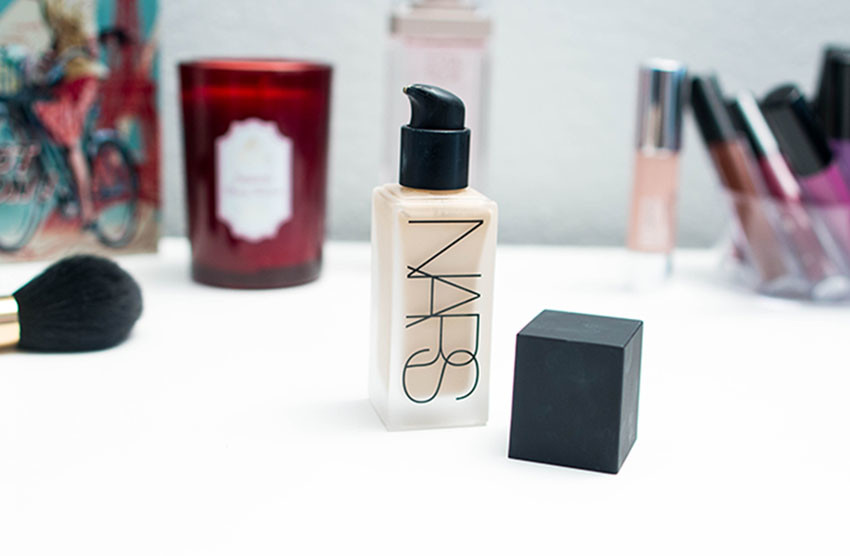base_all wightless nars