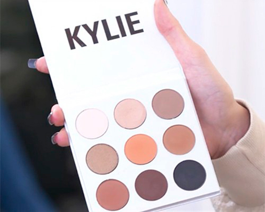 kylie-jenner-cosmetics-paleta-de-sombras-kyshadow