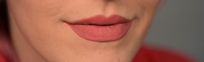 QT-lipstick-batom-liquido-caked