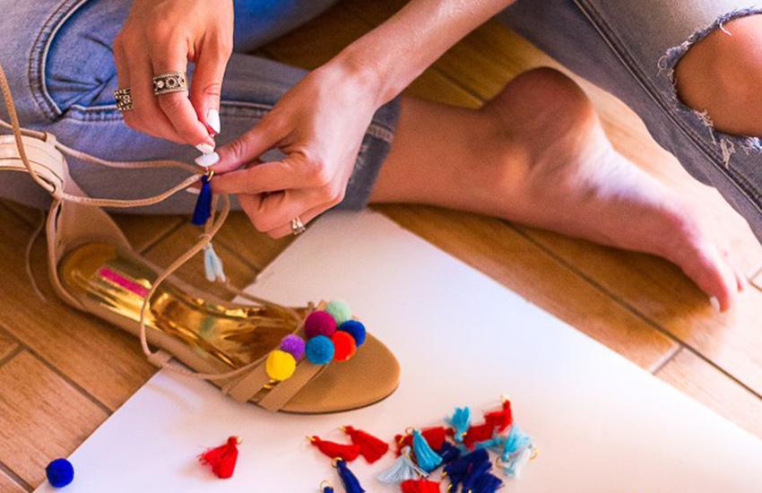 DIY-Pompom-Sandals-01