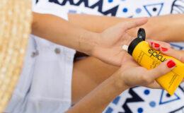Protegida do sol: 7 protetores para corpo e rosto