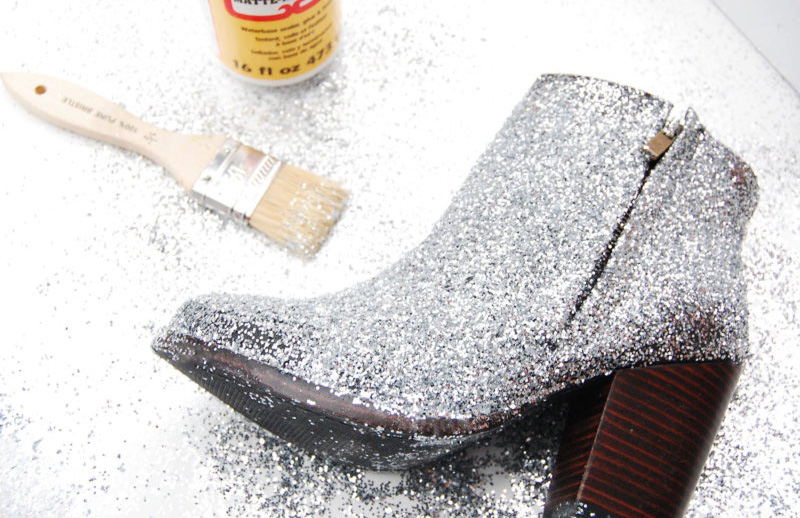 DIY-botas-de-glitter-07-faça-você-mesmo