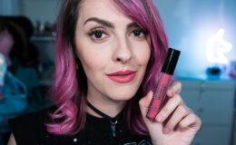 Karen Bachini para T.Blogs: conheça o batom Cottom Candy