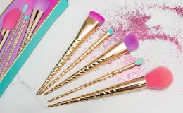 The Magic Wands Brush Set: Os pincéis de unicórnio da…