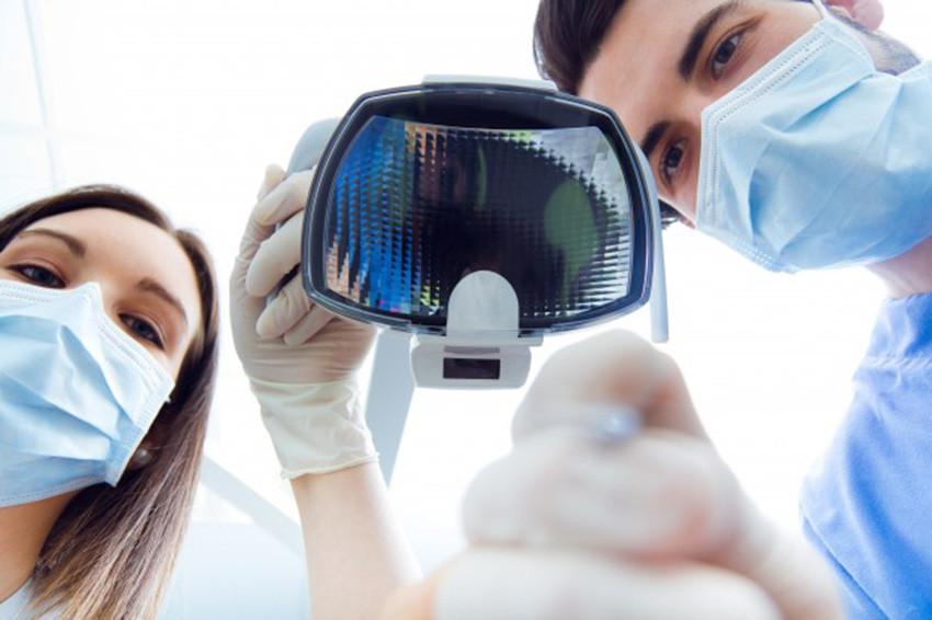 procedimento-de-gengivoplastia-cirugia