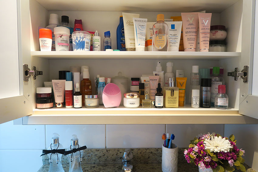 organizando-produtos-de-beleza-no-banheiro-08