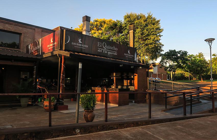 El-Quincho-del-Tio-Querido-Restaurante-02