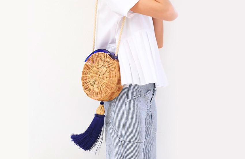 como-usar-bolsa-de-palha-no-verão