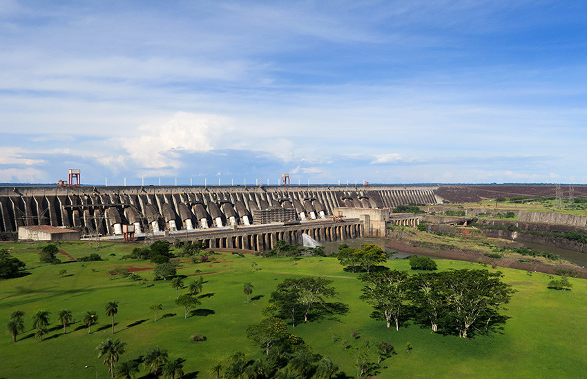 usina-binacional-itaipu-foz-do-iguaçu-01
