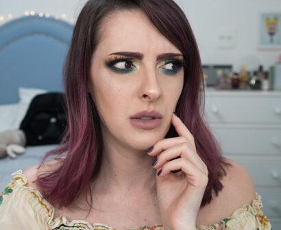 Primer que peida, base de blogueirinha, pó molhado – testando makes estranhas!