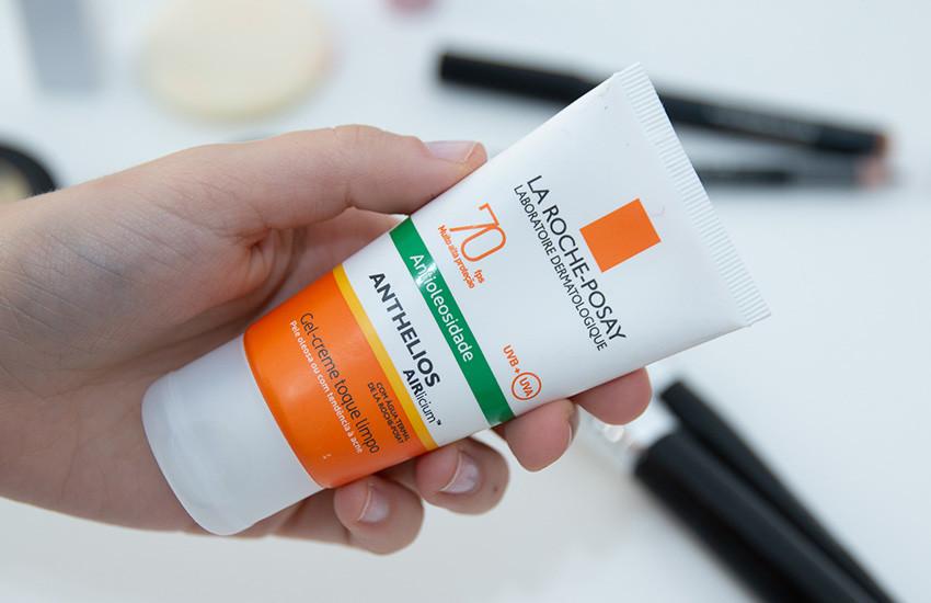 como-reaplicar-protetor-sem-tirar-a-maquiagem-4