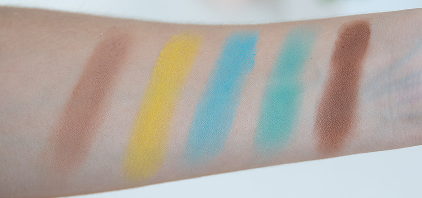 paleta-jefree-star-swatches-02
